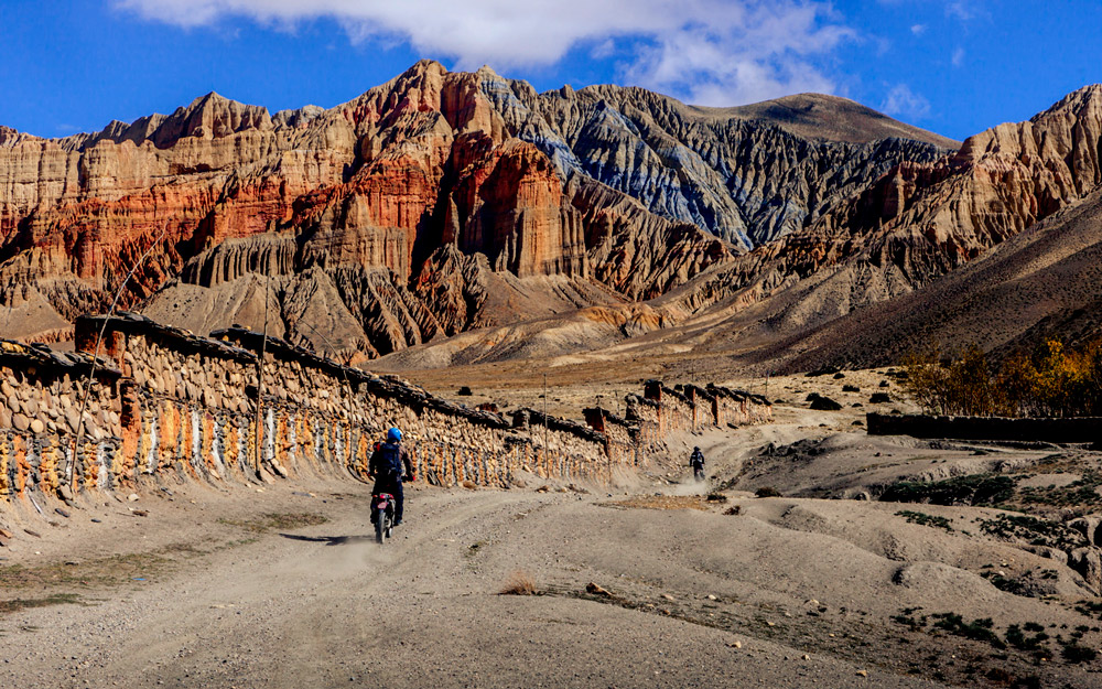 upper-mustang-motorcycle-tour