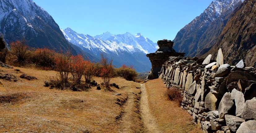 tsum-valley-trekking-himalaya-hub